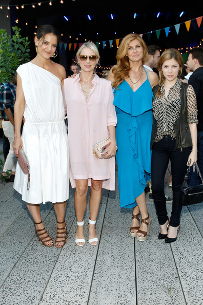 More Pics of Naomi Watts Shirtdress (5 of 12) - Naomi Watts Lookbook - StyleBistro