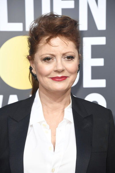 Susan Sarandon Ponytail [hair,face,eyebrow,hairstyle,forehead,chin,lip,white-collar worker,premiere,smile,arrivals,susan sarandon,the beverly hilton hotel,beverly hills,california,golden globe awards,annual golden globe awards]