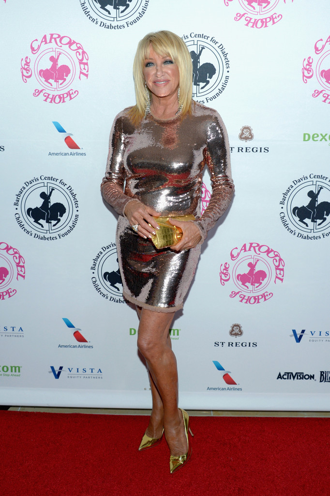 Suzanne Somers Metallic Clutch Suzanne Somers Looks