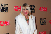 Suzanne Somers Fur Scarf