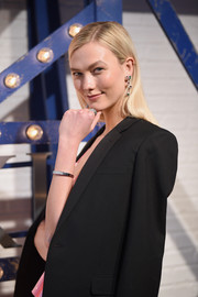 Karlie Kloss accessorized with a simple yet elegant bangle at the Swarovski Times Square celebration.