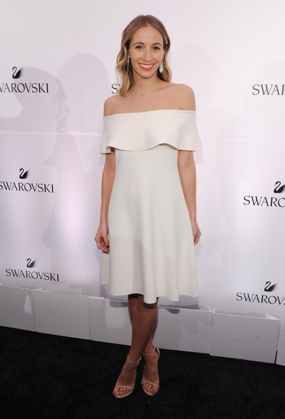 Harley Viera-Newton looked simply lovely in this white off-the-shoulder dress at the Swarovski #bebrilliant event.
