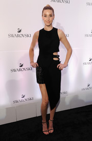 Whitney Port opted for simple black ankle-strap sandals to finish off her look.
