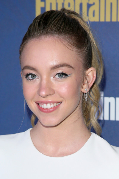 Sydney Sweeney Diamond Hoops [hair,face,eyebrow,hairstyle,chin,forehead,blond,nose,head,lip,arrivals,sydney sweeney,chateau marmont,los angeles,california,entertainment weekly pre-sag celebration,sydney sweeney,celebrity,entertainment weekly,chateau marmont,entertainment,beauty,image,livingly media,photography,photograph]