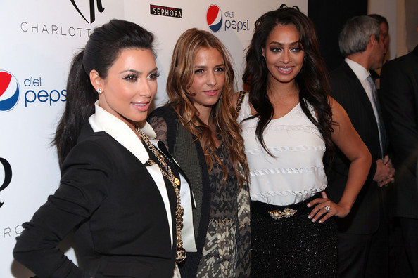 Kim+Kardashian in TRESemme at Charlotte Ronson - Backstage - Fall 2011 Mercedes-Benz Fashion Week