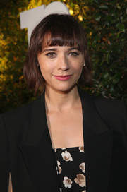 Rashida Jones attended Take-Two's E3 kickoff party wearing her signature bob with blunt bangs.