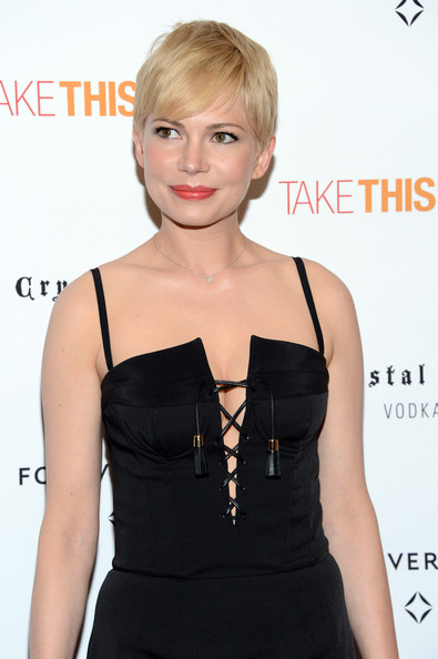 More Pics of Michelle Williams Pixie (1 of 25) - Short Hairstyles Lookbook - StyleBistro