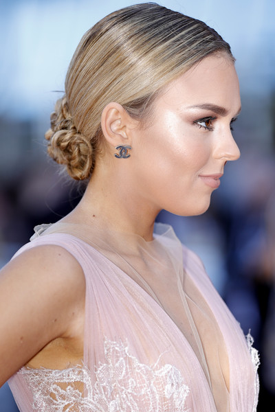 Tallia Storm Braided Updo [hair,beauty,hairstyle,human hair color,eyebrow,jewellery,fashion model,chignon,gown,hair accessory,red carpet arrivals,okja,cannes,france,cannes film festival,premiere,tallia storm,palais des festivals]