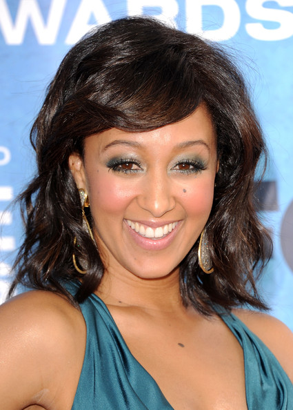 Tamera Mowry Bright Eyeshadow