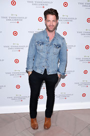 Nate Berkus chose a classic denim jacket for his look at the Target Dollhouse Event in NYC.