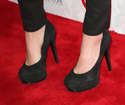 Nikki Reed stuck to a fashion basic with these black platform pumps.