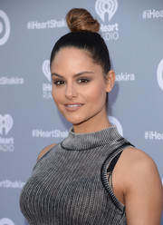 Pia Toscano looked cute with her towering top knot during Shakira's iHeartRadio album release party.
