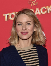 Naomi Watts attended the Target 'Toycracker' premiere wearing her hair in casual shoulder-length waves.