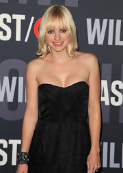 Anna Faris showed off her shoulder length blond locks at the Target & William Rast celebration.