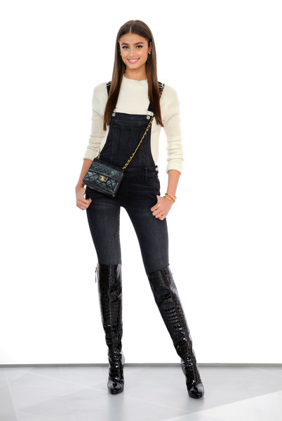 Taylor Hill Overalls [taylor hill,amazon,style code live,clothing,fashion model,jeans,shoulder,joint,fashion,waist,leggings,trousers,denim,new york city]