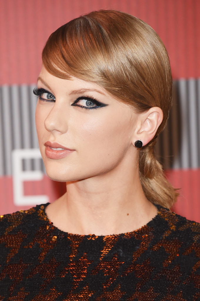 Taylor Swift Long Hairstyles Taylor Swift Hair Stylebistro