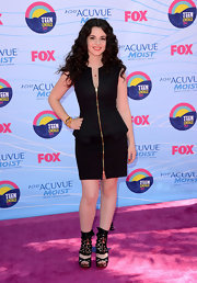 Vanessa Marano's gold zippered dress went well with her super funky platforms at the Teen Choice Awards.