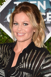 Candace Cameron Bure looked sweet and glam wearing this loose, wavy ponytail at the Teen Choice Awards 2016.