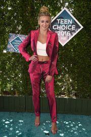 Chloe Lukasiak looked oh-so-cool in her raspberry suit (not to mention her white crop-top) at the Teen Choice Awards 2016.