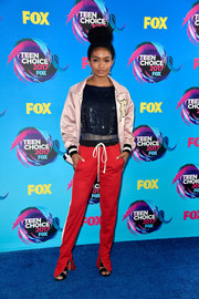 Yara Shahidi went the sporty route in a pink track jacket by Fear of God at the 2017 Teen Choice Awards.