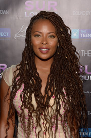 Eva Marcille framed her pretty face with ultra-long dreadlocks for the Teen Dream event.