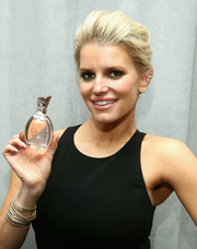 Jessica Simpson brushed her hair back into a loose bun for Teen Vogue's 10th annual Fashion University.