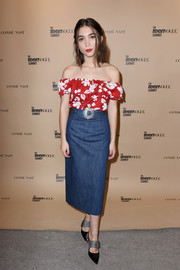 Rowan Blanchard brought a tropical vibe to the Teen Vogue Summit with this red floral off-the-shoulder top by Miu Miu.