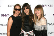 Amy Astley and Hailee Steinfeld Photo