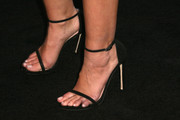 Alyson Michalka finished off her ensemble with a pair of minimalist-chic black sandals when she attended the Teen Vogue Young Hollywood party.