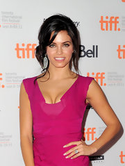 Jenna Dewan-Tatum accessorized her pink cocktail with intricate carved white jade and diamond earrings.