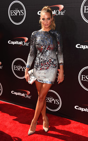 Hannah Davis kept the sparkle going all the way down to her silver glitter pumps.