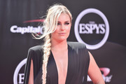 Lindsey Vonn channeled Queen Elsa with this side braid at the 2016 ESPYs.