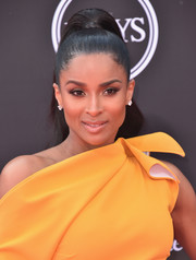 Ciara styled her hair into a sleek high ponytail for the 2018 ESPYS.