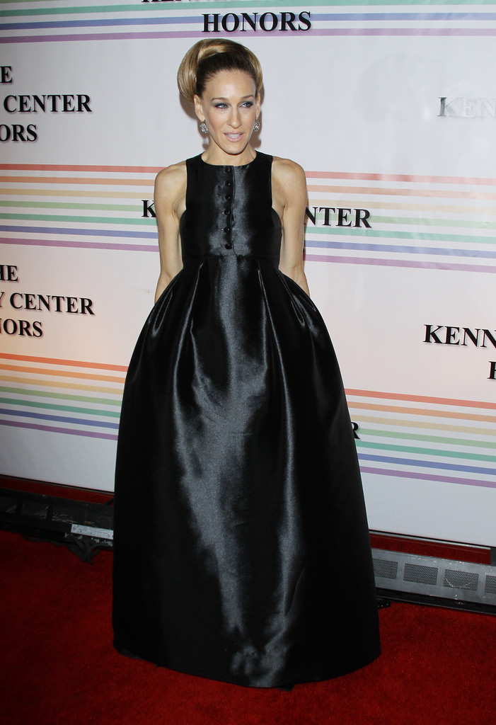 Actress Sarah Jessica Parker arrives at the 34th Kennedy Center Honors held at the Kennedy Center Hall of States on December 4, 2011 in Washington, DC.