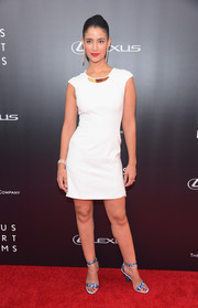 Jessica Clark kept it minimal on the red carpet with this little white dress at the premiere of 'The Giver.'