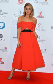 Rachel Stevens attended the Global Gift Gala wearing a red off-the-shoulder dress that featured a '50s-style silhouette and a trendy midriff cutout.
