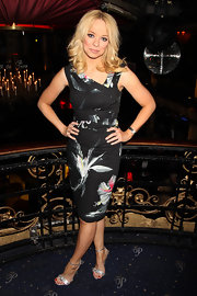 Liz Mcclarnon was a knockout in a floral dress with an assymmetrical neckline at the premiere of 'The Heavy.'