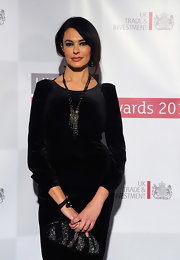 Maria Grazia Cucinotta went for some subtle bling with these black beads and a touch of golden sheen.