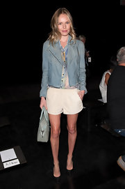 Kate paired her short shorts with this funky zip-up jacket at the Theyskens' Theory fashion show.