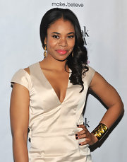 Regina Hall attended the screening of 'Think Like a Man' wearing a rich aubergine shade of nail polish with a subtle metallic finish.