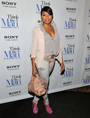 Taraji P. Henson punched up her subtle ensemble for a screening of 'Think Like a Man' with a bright pair of fuchsia heeled sandals.