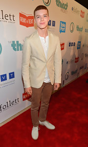Cameron Monaghan looked effortless in nude flat oxford shoes at The Thirst Project's 3rd Annual Gala.