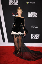 Rita Ora went the avant-garde route in a black-and-white Stephane Rolland Couture gown during Fashion Rocks 2014.