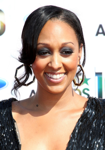 tia mowry wedding dress. Tia Mowry Jewelry