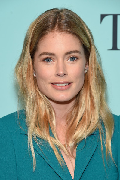 Doutzen Kroes' Casual Wavy Cut