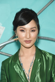 Nicole Warne gave us retro vibes with this poofy updo at the Tiffany Blue Book Collection celebration.