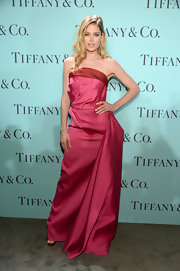 Doutzen Kroes looked totally glamorous in a fuchsia strapless gown at the Blue Book Ball.