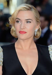 Kate Winslet hit the red carpet for the premiere of 'Titanic 3D' wearing a soft rosy red lipstick with lots of shine.