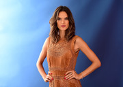 Alessandra Ambrosio framed her gorgeous face with a center-parted wavy hairstyle for the 'Today' show Gallery of Olympians.
