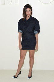 Julia Restoin-Roitfeld sealed off her triple-denim look with a pair of Tom Ford cap-toe pumps.